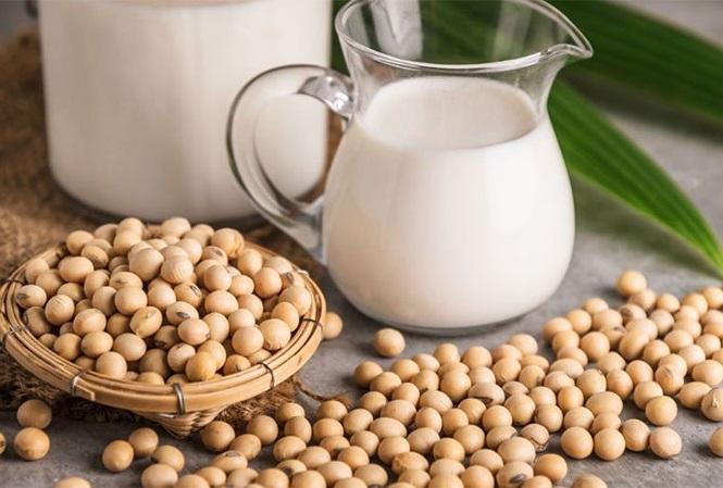 Bổ sung thực phẩm từ sữa và đậu nành