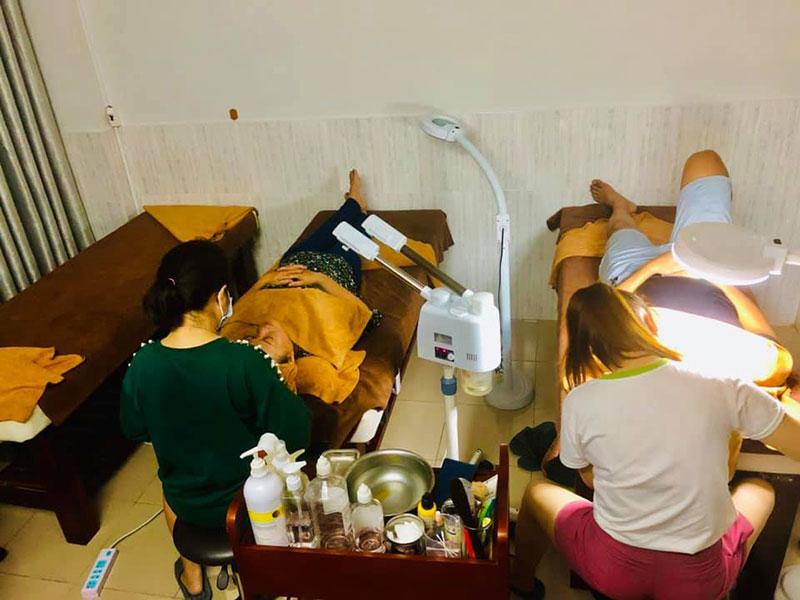 Điều trị mụn hiệu quả tại Gold spa Gò Vấp