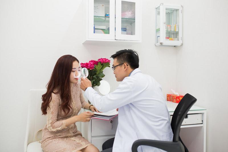 Nitipon Clinic địa chỉ điều trị mụn hàng đầu ở quận 1 TPHCM