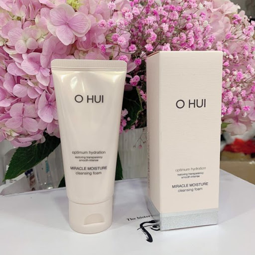 OHUI Miracle Moisture Cleansing Foam